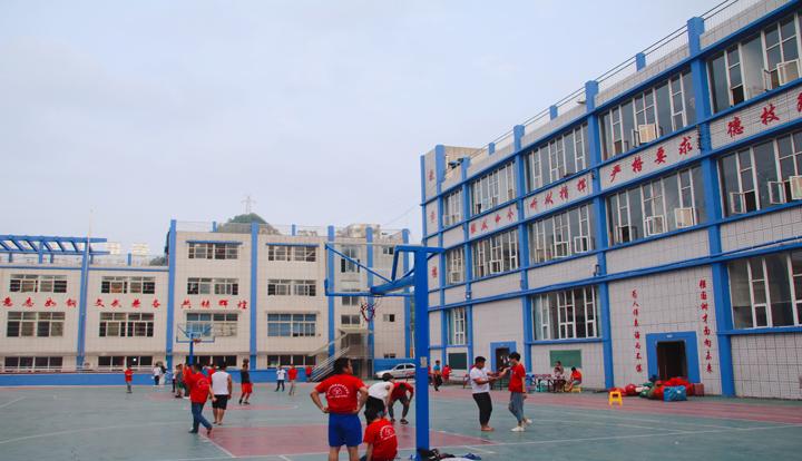 贵州电工一对一培训,贵州环江阴职业技术学院亚民族职业技术学校未来发展潜力巨大
