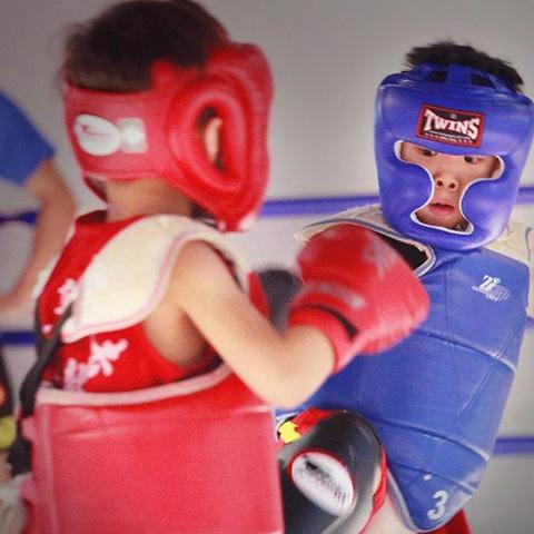 合肥青少儿搏击极战搏击 综合体能提升 青少年防卫