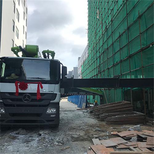 混凝土泵車