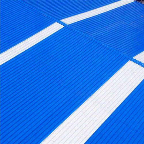 聚酯防腐瓦的优势及适用范围-洛阳聚齐鑫建材