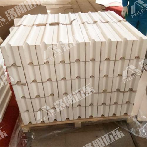 造成玻璃窑耐火材料受侵蚀的条件是什么-迈乐硅砖厂家