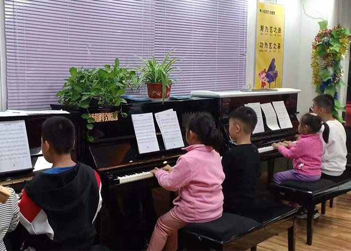 搬运公司云岗钢琴培训学校,信誉看管