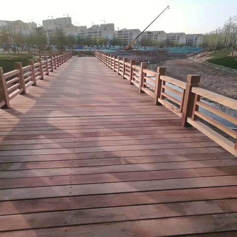 防腐木地板厂家 户外防腐木平台设计施工公司