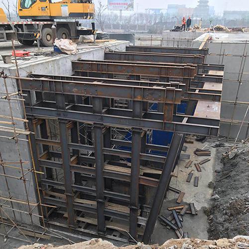 橋梁墩柱鋼模板
